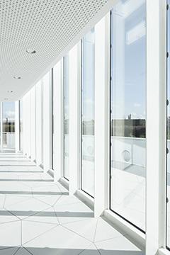 http://studiolada.fr/files/gimgs/136_10-sallerestaurationpompidoumetzbystudioladaphotoluisdiazdiaz14.jpg