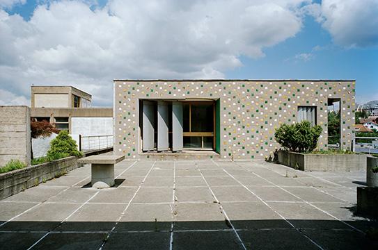 http://studiolada.fr/files/gimgs/203_duval-toiture-terrasse.jpg