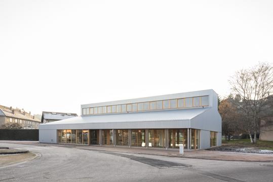 http://studiolada.fr/files/gimgs/218_mediatheque-baccarat-studiolada-aurelie-husson-architecte-et-eleonore-nicolas-architecte---05.jpg