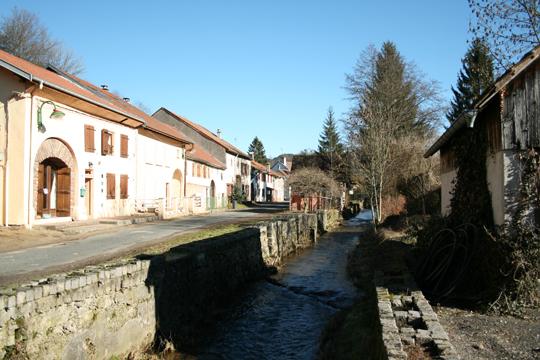 http://studiolada.fr/files/gimgs/88_2010urcolroy-la-grandevillage.jpg